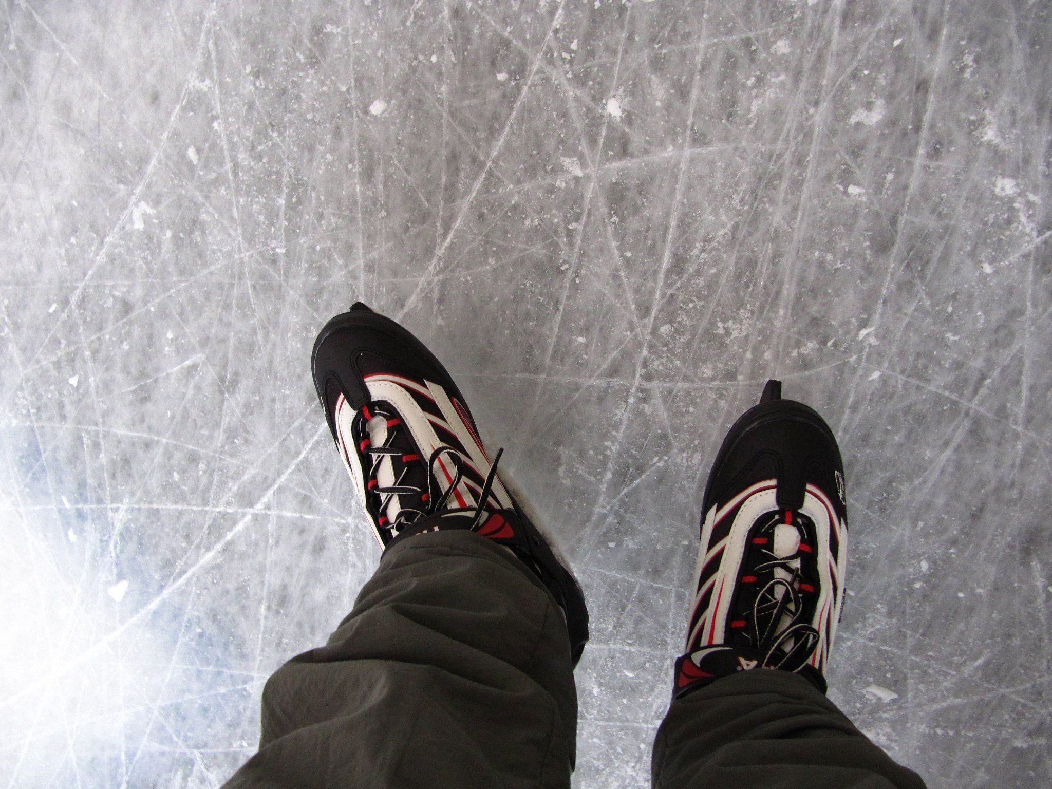 Eislaufen im Sommer: Heuer in der Wiener Stadthalle!