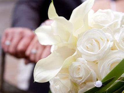 Ab sofort kann man sogar seine Hochzeit versichern.