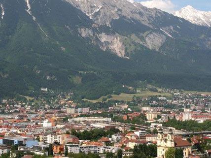 Westlich von Innsbruck gab es ein leichtes Erdbeben.