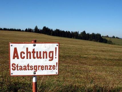 Im Burgenland wurden illegale Grenzgänger aufgegriffen.