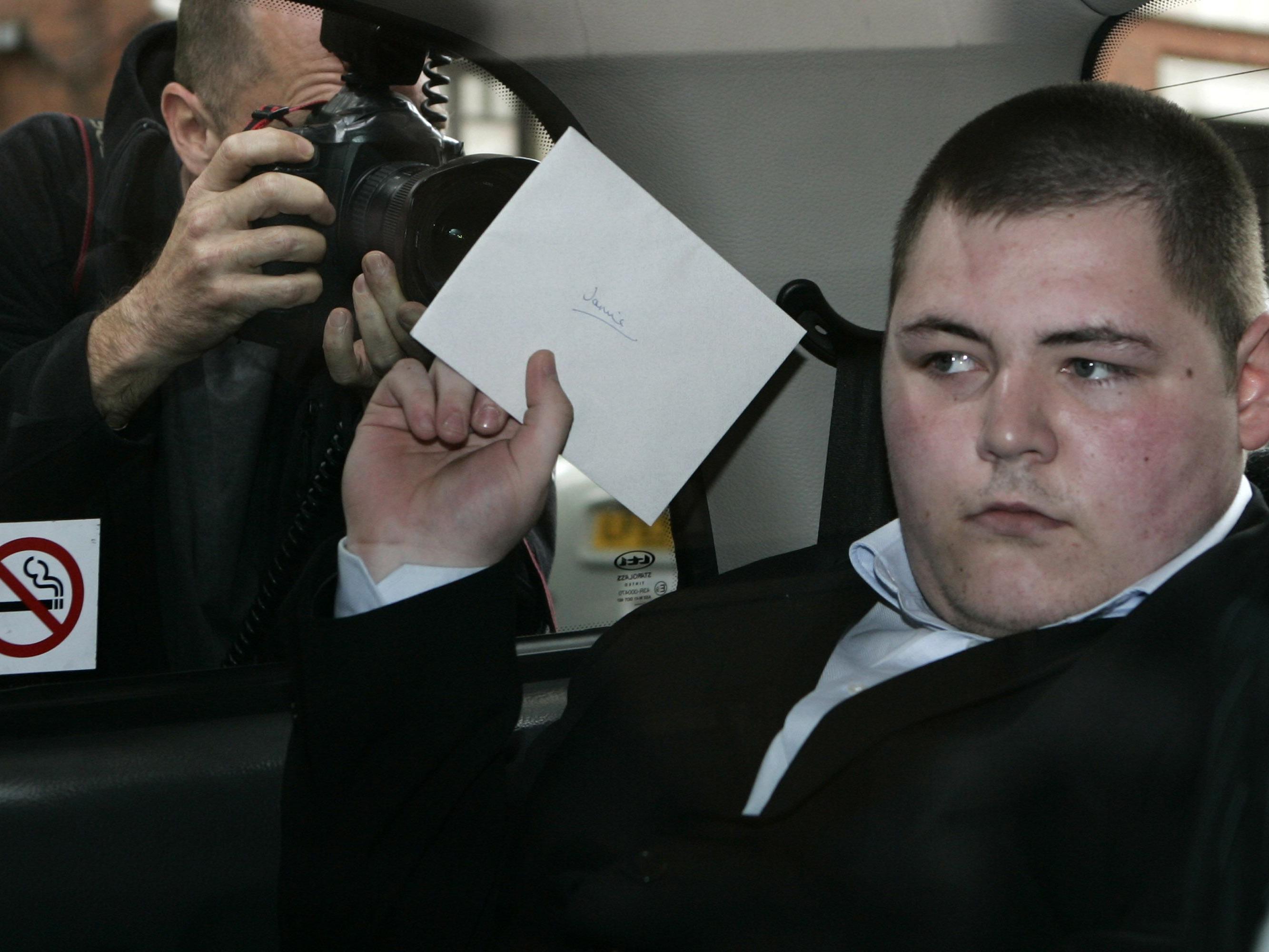 Jamie Waylett für Gewalt bei Londoner Jugendkrawallen verurteilt.