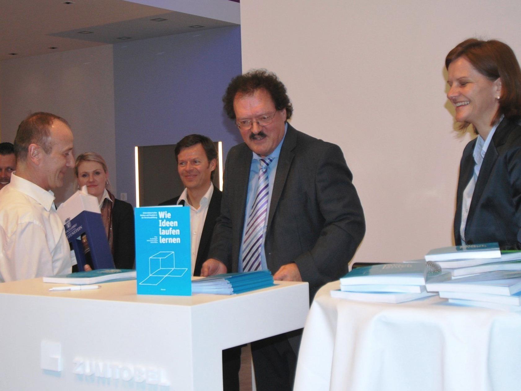 """Buchpräsentation """"Wie Ideen laufen lernen"""" im Zumtobel Lichtforum"""
