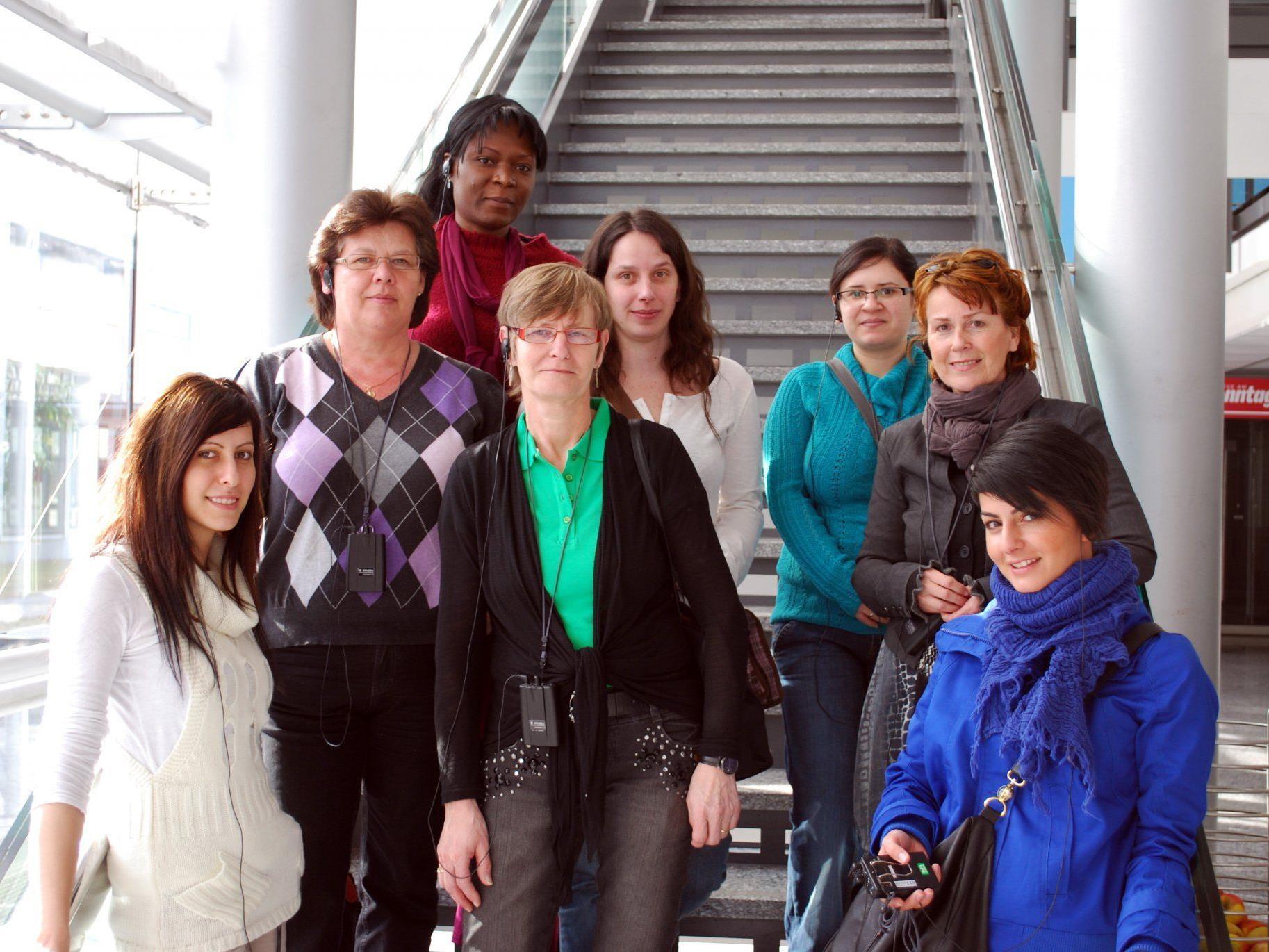 """Kursgruppe von """"FAB Fit Frauen in die Technik"""" im Vorarlberger Medienhaus."""