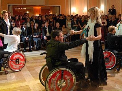 Die Tanzeinlagen des Vienna Rolli-Dancedreams bilden einen Höhepunkt beim vollständig barrierefreien Diversity Ball