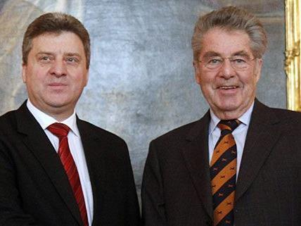 Heinz Fischer heißt den mazedonischen Staatspräsidenten Gjorge Ivanov willkommen