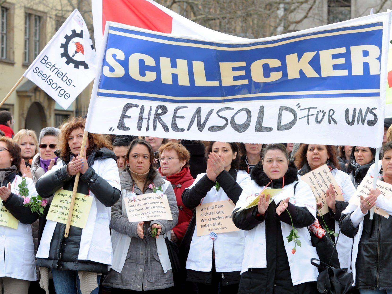 Schlechte Nachricht für 12.000 Mitarbeiter: Keine KfW-Kredite für Schlecker-Transfergesellschaft.