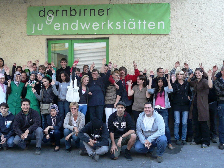Knapp 200 Jugendliche betreute das Team der Dornbirner Jugendwerkstätten rund um Geschäftsführer Elmar Luger 2011 in Dornbirn.