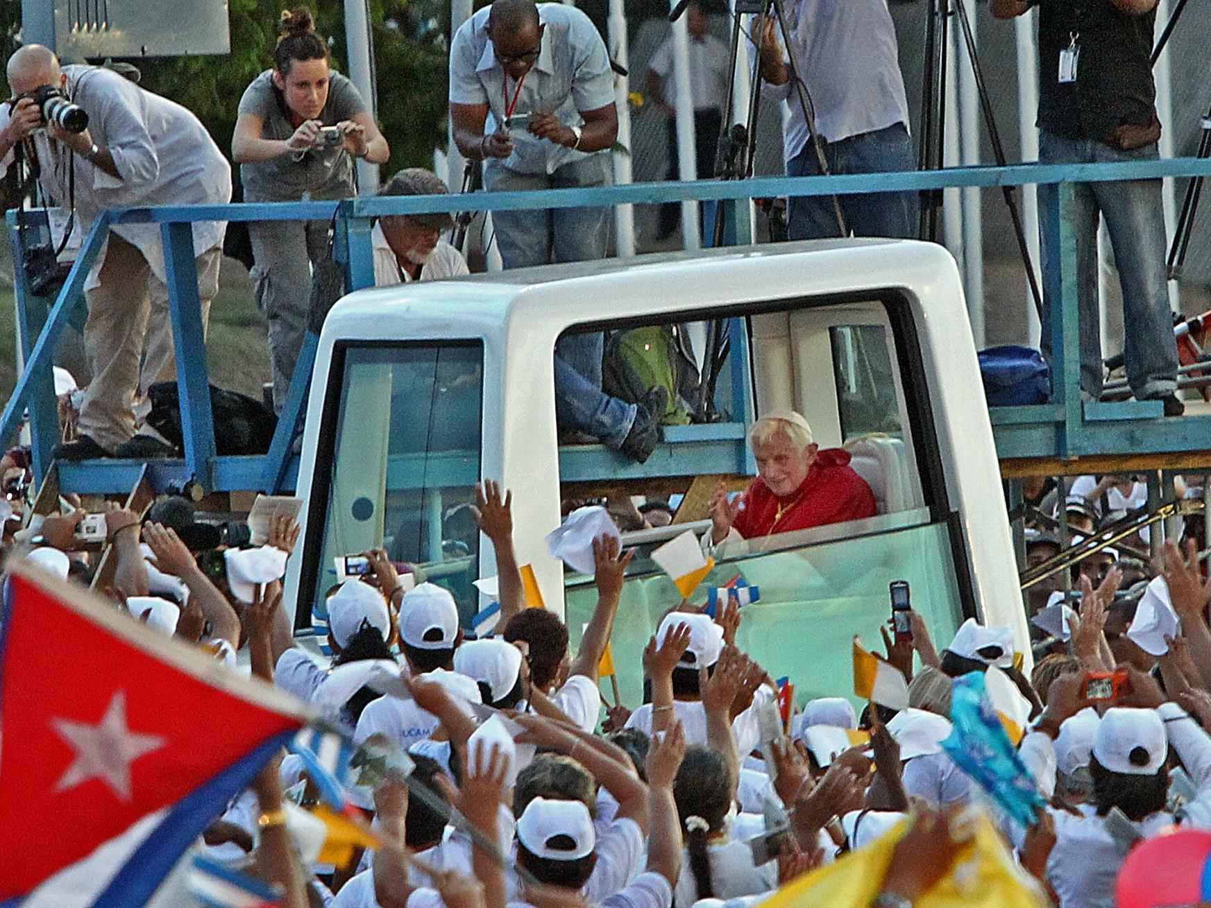 Tausende kamen, um den Papst in Kuba zu sehen.
