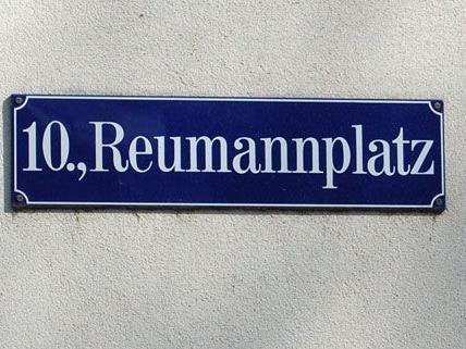 In Favoriten wurde noch nicht über das Parkpickerl entschieden, Vienna.at hat vorab einen Lokalaugenschein gemacht.