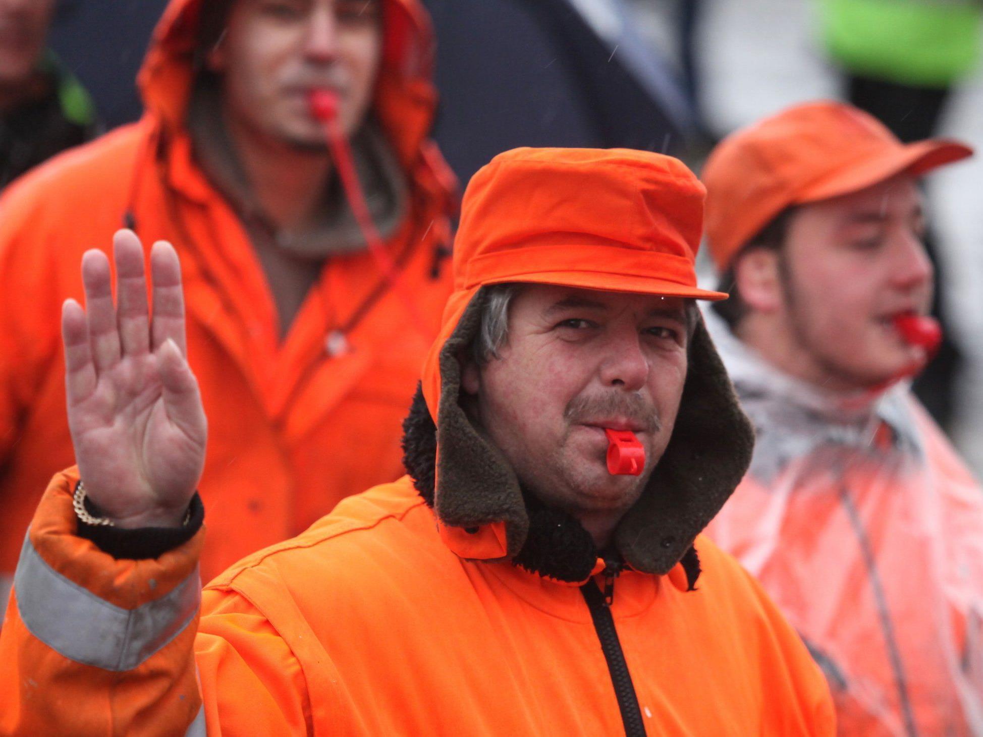 Die Streikbereiten gaben sich mit dem Angebot Pühringers zufrieden.