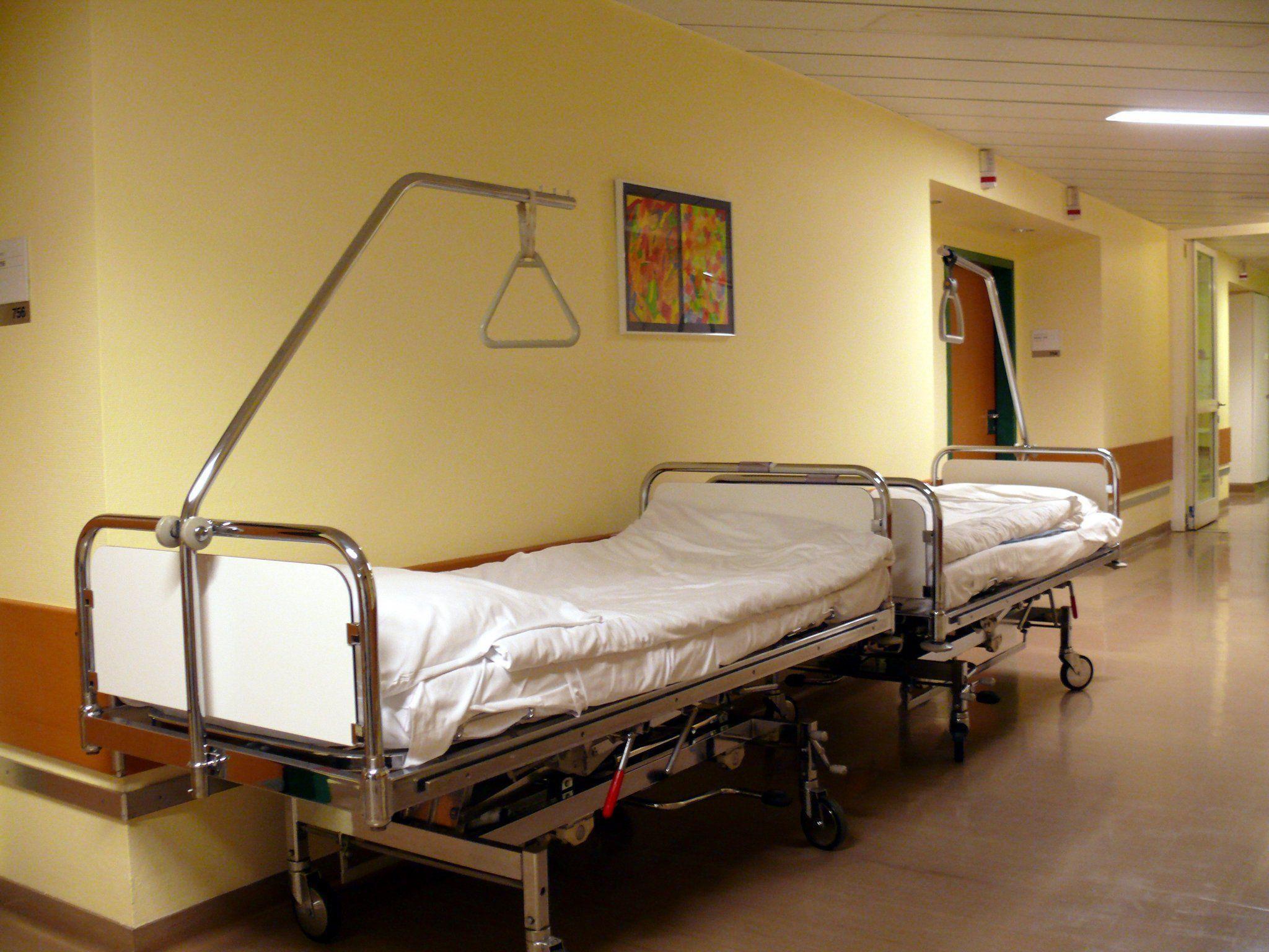 Die 39-Jährige wurde von einer Mitarbeiterin des Krankenhauses tot in ihrem Zimmer entdeckt.
