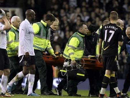Bolton-Spieler Fabrice Muamba brach auf dem Spielfeld zusammen.