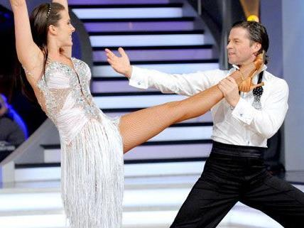 Feurig und schwungvoll wird es bei den Dancing Stars.