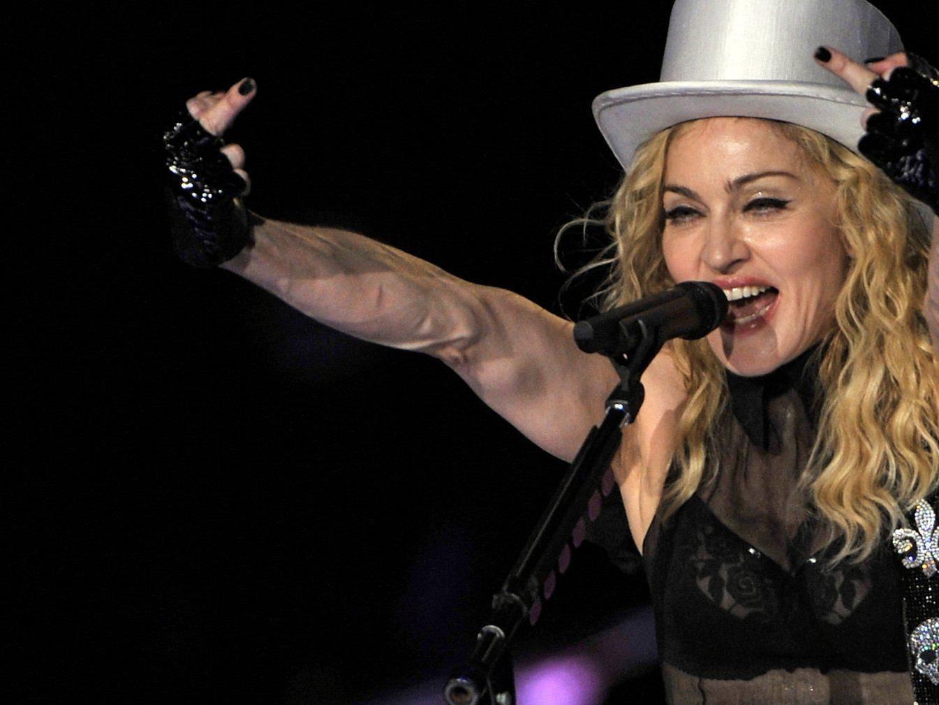 Für ihr zwölftes Studioalbum wühlte der US-Superstar in der Zauberkiste aktueller Popmusik.