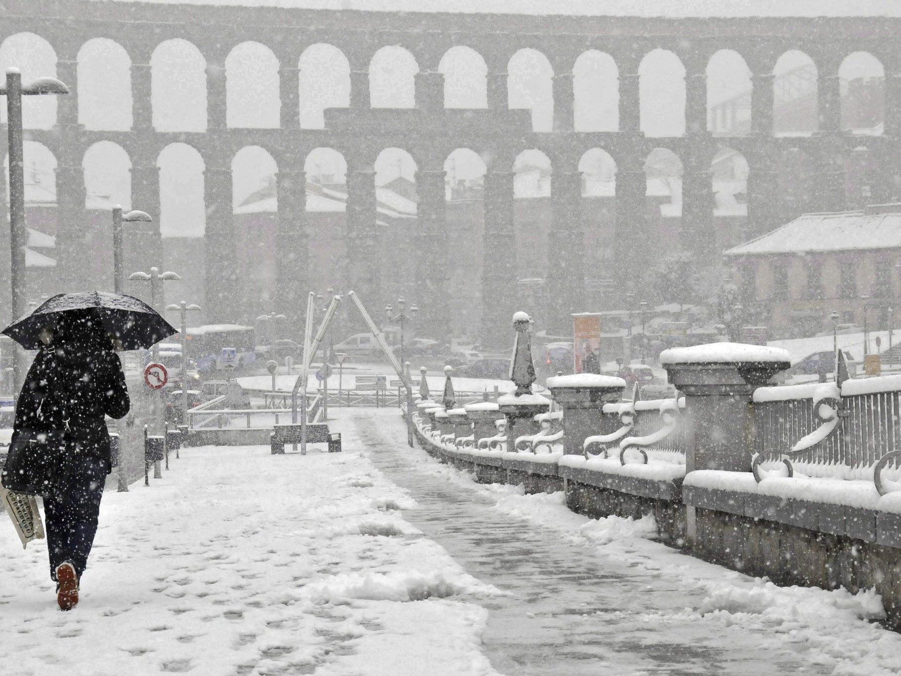 Während der Großteil Europas sonniges Frühlingswetter genießt, fiel in mehreren Provinzen Spaniens Schnee.