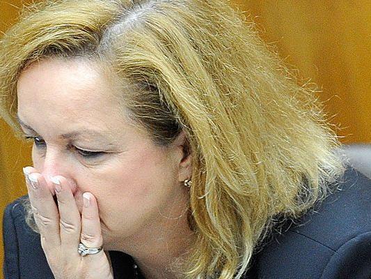 """Fekter habe mit Juncker gesprochen und sich für ihren """"Faux pas"""" entschuldigt."""