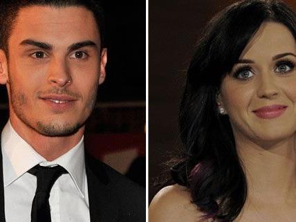 Gerüchte werden offiziell bestätigt: Katy Perry und Baptiste Giabiconi sind ein Paar.