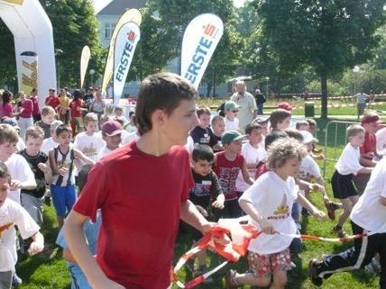 Mehr als 22.000km werden die Kids ab Mai laufen.