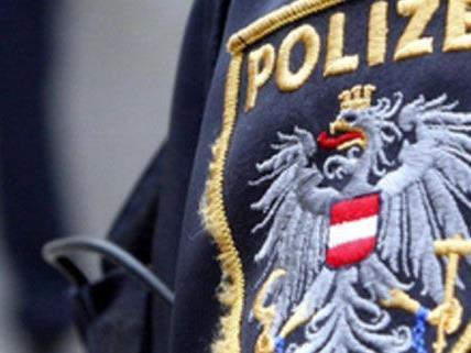 Die Polizei nahm die beiden Trickdiebinnen fest.