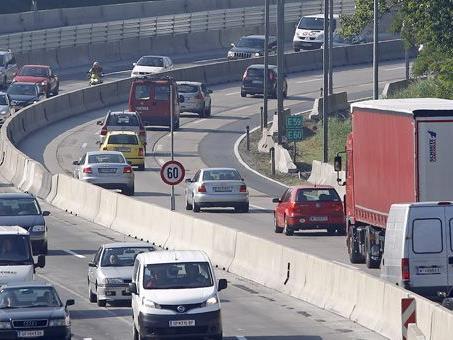 Im Frühverkehr ereignete sich ein Unfall auf der Südosttangente (A23).