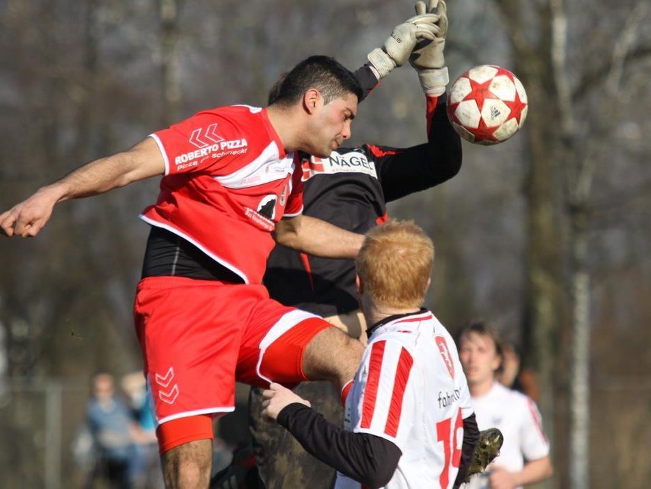 Direnc Borihan traf im Doppelpack für FC Mohren Dornbirn, die Rothosen siegten 4:0.
