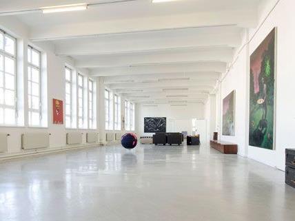 Ab Donnerstag ist Wien um eine Ausstellungshalle für zeitgenössiche Kunst reicher: Yoshi's Contemporary Art Loft in Meidling.