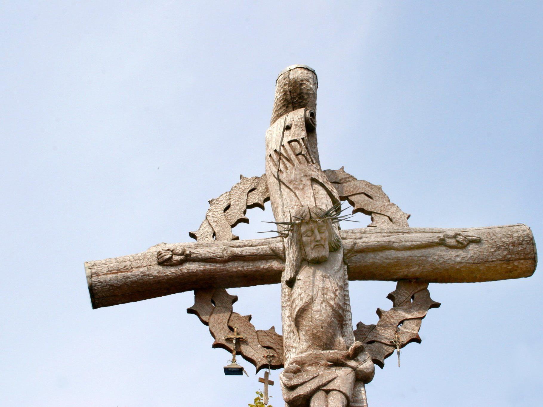 Der Pfarrer von Stützenhofen verzichtet eher auf sein Amt, als einen schwulen Pfarrgemeinderat zu akzeptieren