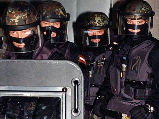 Wenn es gefährlich wird, wie bei dem Vorfall mit radioaktivem Material, muss oft die Spezialeinheit Cobra einschreiten