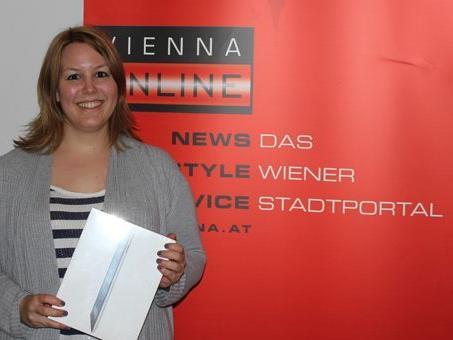 Wir gratulieren Beatrix Karro zu ihrem iPad3!