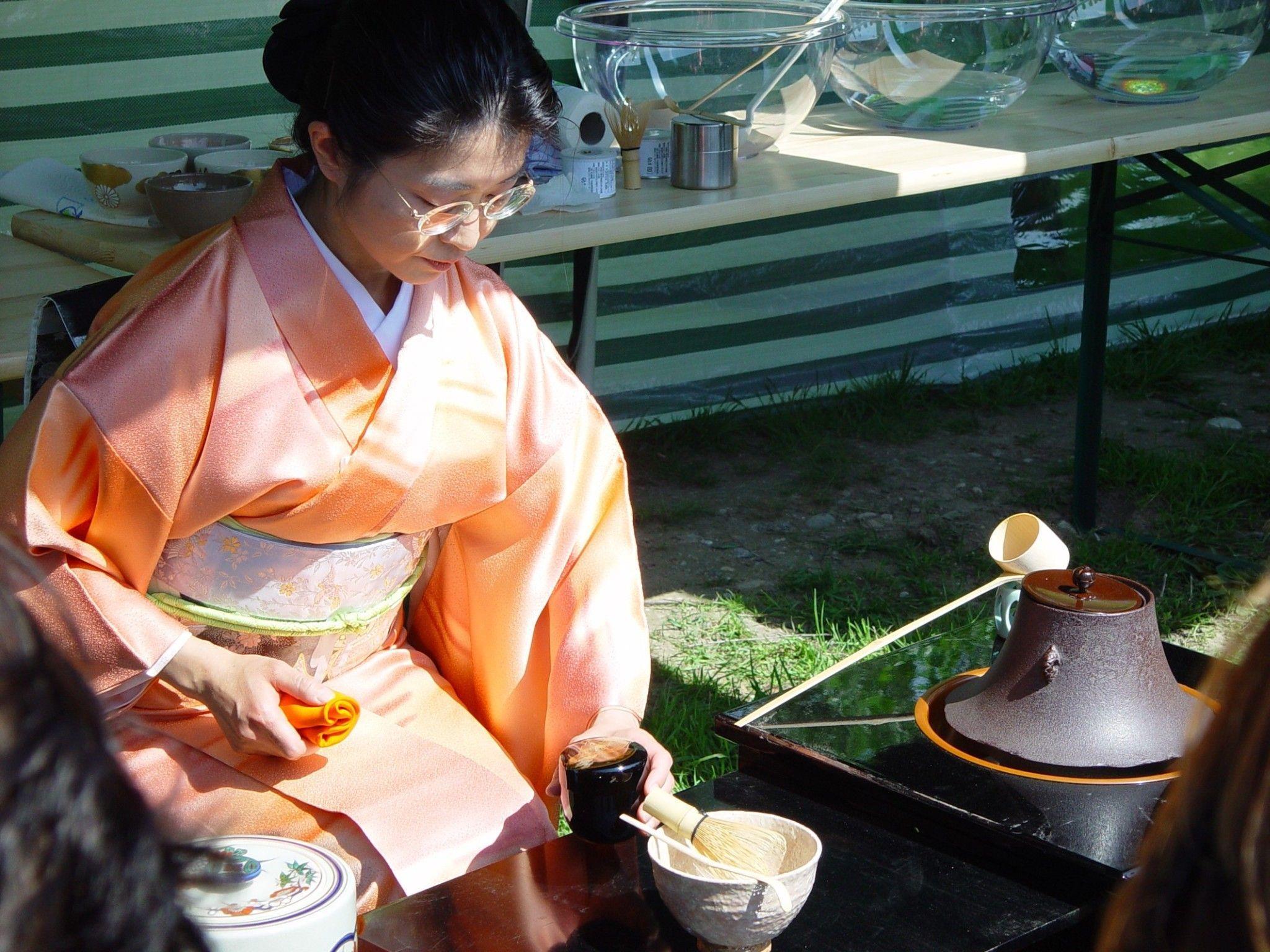 Österreich trifft Japan: Kirschenhainfest auf der