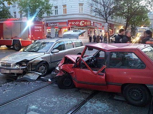 Unser Leserreporter wurde am Montag Zeuge eines Verkehrsunfalls in Rudolfsheim-Fünfhaus