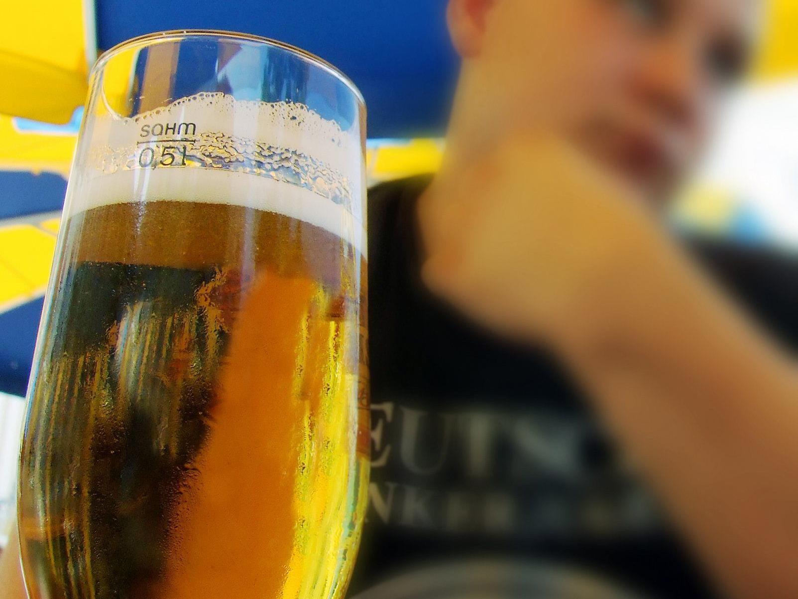 Unter schwerem Alkoholeinfluss kam es zum Streit mit Überfall in Favoriten