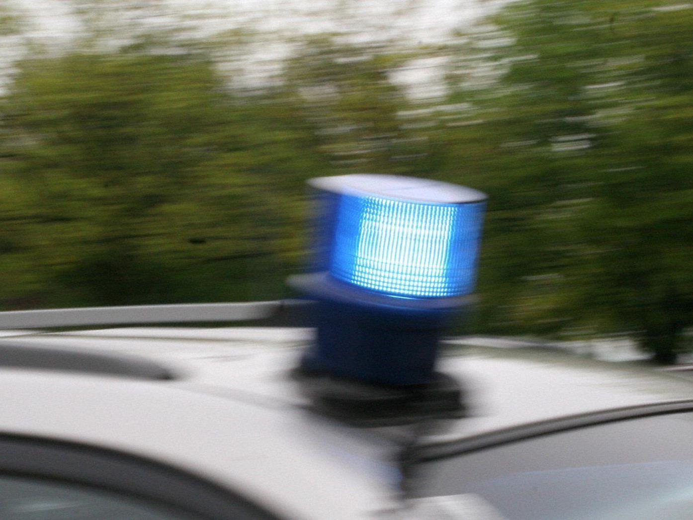 Die 23-jährige Frau musste nach dem Unfall in Döbling ins Krankenhaus gebracht werden