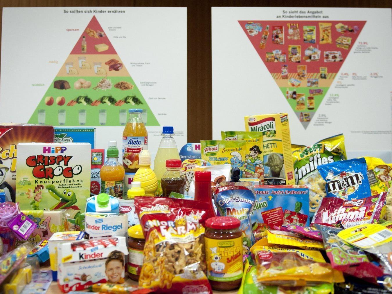 Foodwatch: Fast alle Kinder-Lebensmittel sind ungesund.
