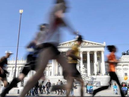 Mit 35.825 Teilnehmern beim Vienna City Marathon wurde ein neuer Rekord aufgestellt.
