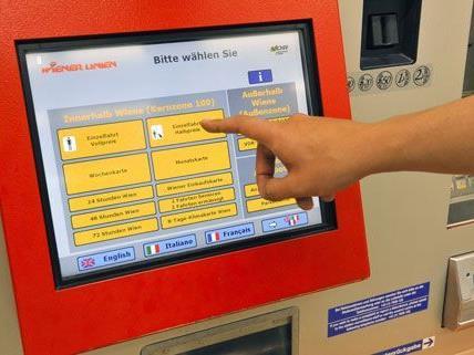 Wer vor dem 1. Mai Fahrscheine der Wiener Linien kauft, kann Geld sparen.