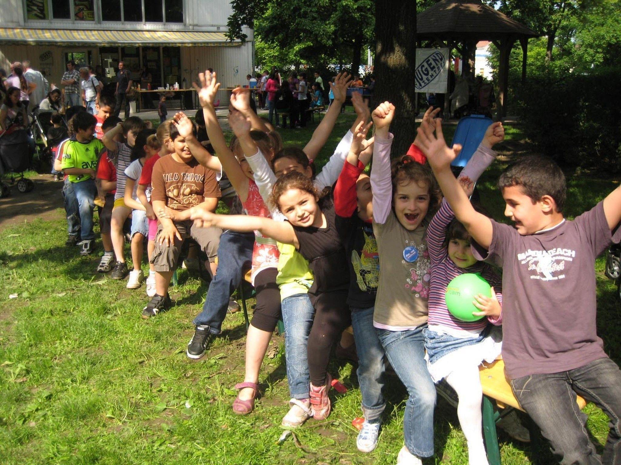 Gemeinsam feiern heißt es am Nachbarschaftstag am Freitag!