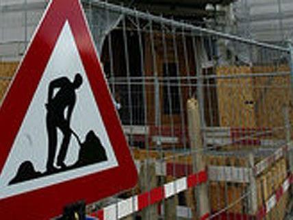 Drei Männer stahlen auf einer Baustelle in Favoriten Stromkabel