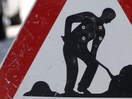 Seit etwa 15 Uhr am Donnerstag sind Teile des Landstraßer Gürtels und die Auffahrt zur A23 gesperrt.