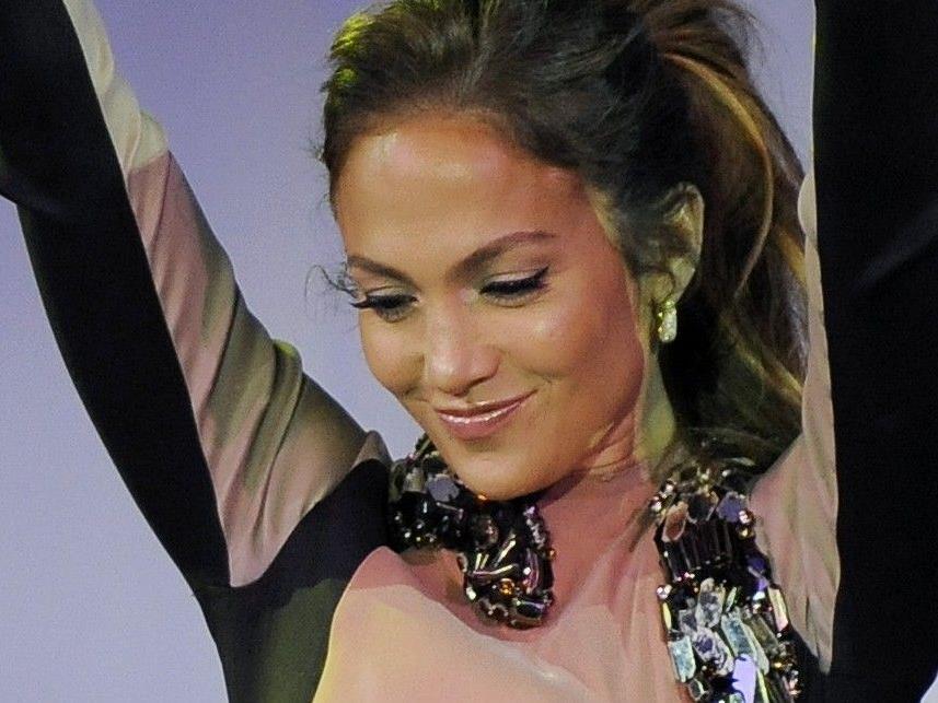 Jennifer Lopez schon in Siegerpose