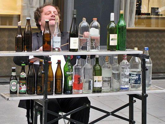 Unser Leserreporter war vom Flaschen-Musiker am Graben begeistert