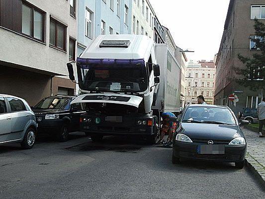 Unser Leserreporter beobachtete einen Lkw, der in Ottakring eine Panne hatte