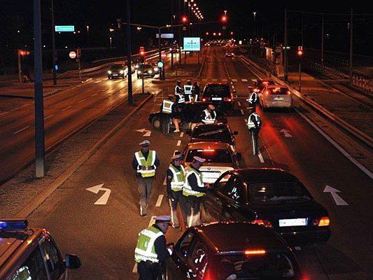 Bei der Schwerpunktaktion der Polizei wurden unter anderem Fahrzeug-Kontrollen durchgeführt