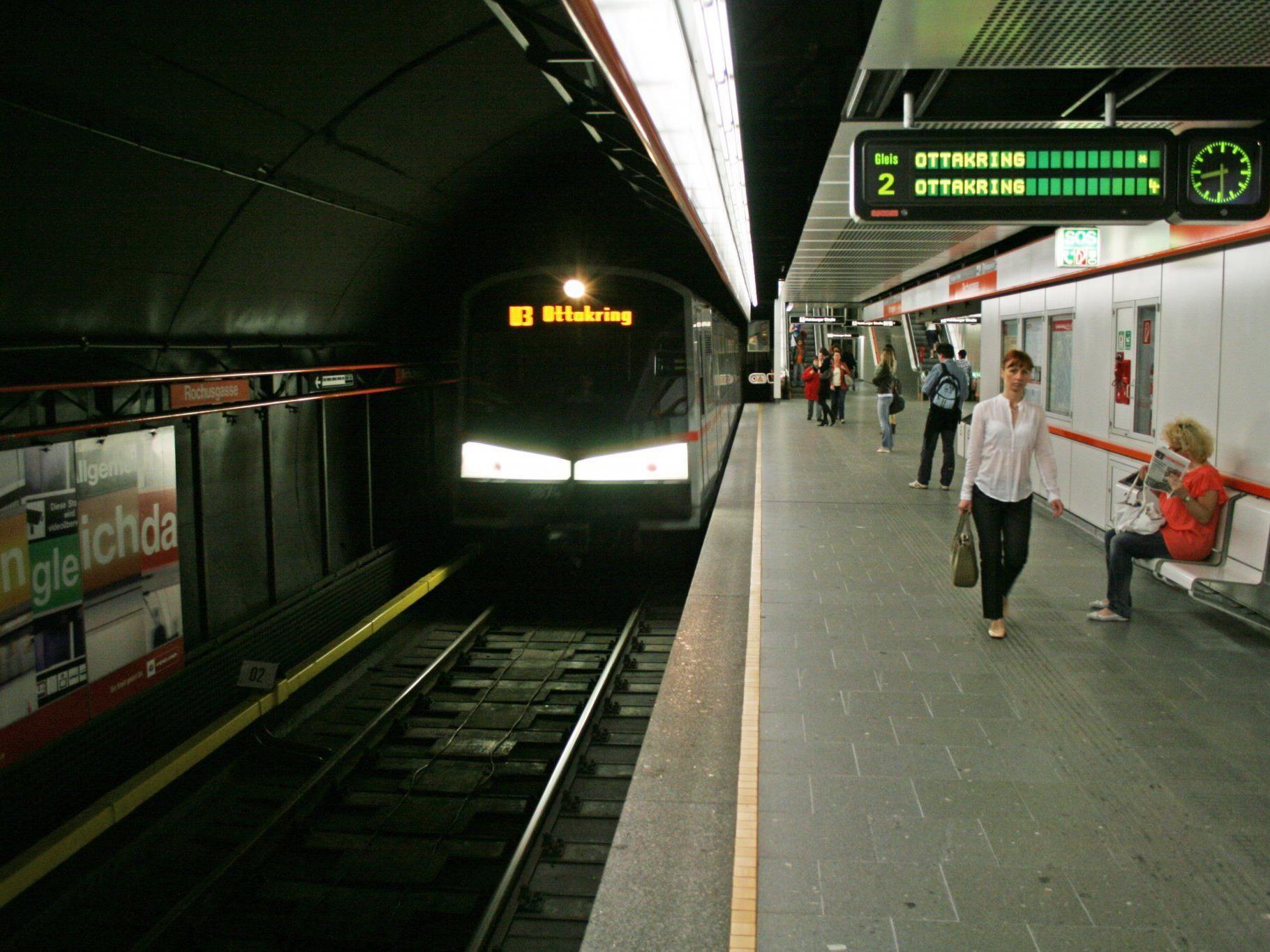 Die Station Rochusgasse der U3 wurde wegen eines Feuers gesperrt