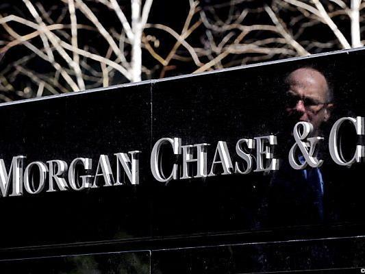 JPMorgan-Chef Dimon räumt Fehler ein.