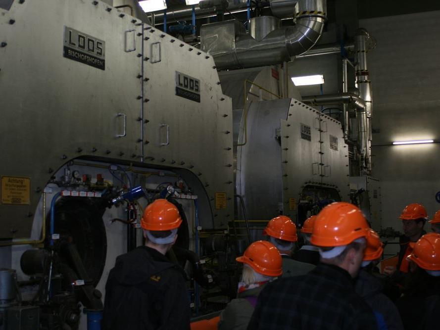 Leserreporter Antonius K. hat bei der Langen Nacht der Wiener Stadtwerke an einer Führung durch das Kraftwerk Simmering teilgenommen.
