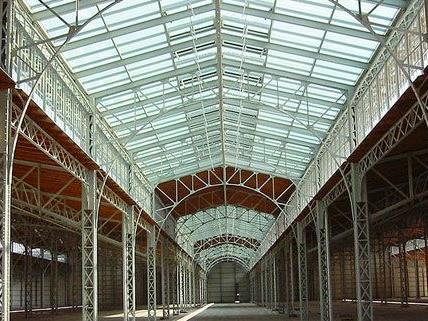 Die Rinderhalle bietet eine außergewöhnliche Location für den ersten Vienna VJ-Contest.