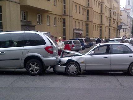 Leserreporter Jeremy K. beobachtete den Unfall am Mittwoch aus der Nähe.
