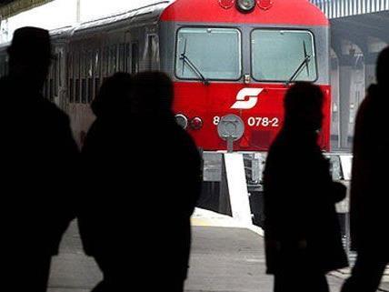 Der Zugführer konnte trotz Notbremsung nicht verhindern, dass der 12-Jährige verletzt wurde.