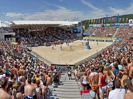 Viel Sport aber weniger VIPs beim Beach-Volleyball Grand Slam 2012